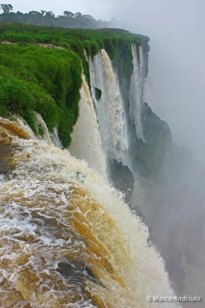 iguazu-falls-013