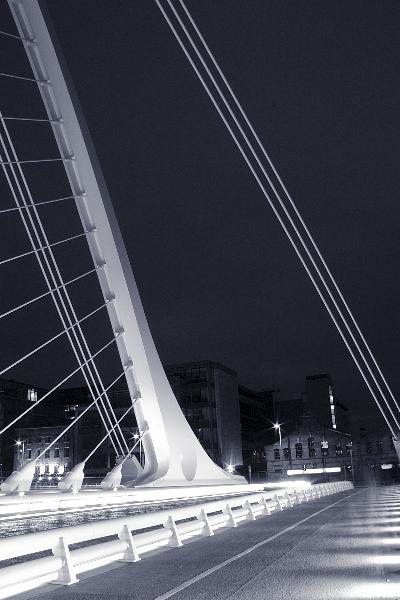 samuel-beckett-bridge-10